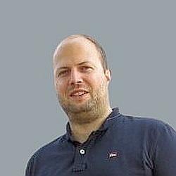 Tom: zuständig für Apps und Softwarentwicklung im Team Meyer-Hentschel Online World